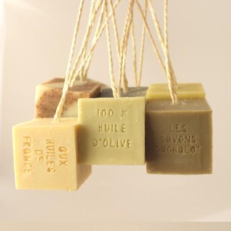 Savon Cachalot - Savon solide artisanal - Purifiant au charbon végétal - Vegan & Bio - Select store éthique Cosmétiques Vegans